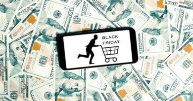 Пошук «Чорної п'ятниці» в «чорному» театральному просторі