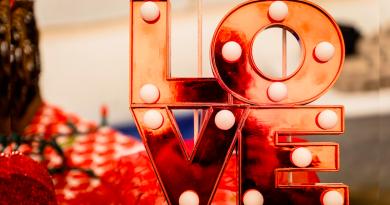 Любовна виставка